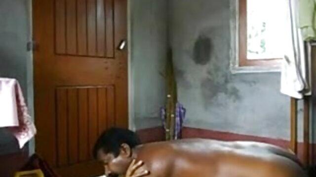 बूढ़ा आदमी सफाई करने वाली औरत को सेक्सी वीडियो फुल मूवी हिंदी चोदता है