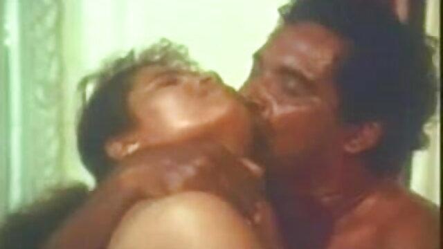 गोरा सेक्सी फुल फिल्म सेक्सी बेबस उसकी चूत को नष्ट कर दिया