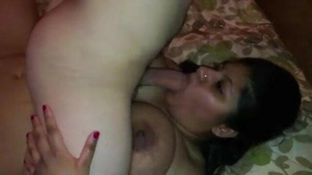 हॉट सेक्सी फुल मूवी वीडियो टीन हो जाता है गड़बड़