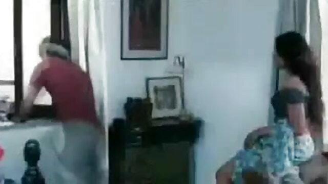 जाँघिया हस्तमैथुन में हाथ हिंदी सेक्सी फुल वीडियो