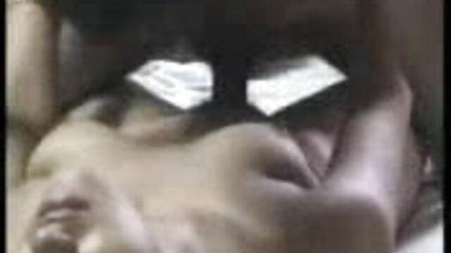चोकी आइस फुल सेक्सी सेक्सी फिल्म - अमिच डि लेटो (2001)