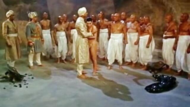 बूढ़े आदमी प्यारा युवा बात फुल एचडी हिंदी सेक्सी फिल्म बेकार है