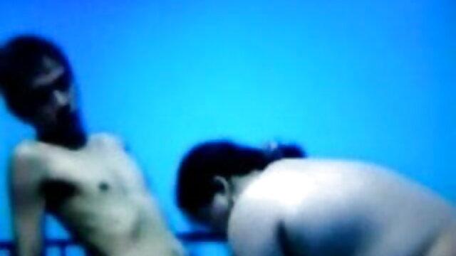 एमआईएलए जुड़वां! फुल सेक्सी मूवी वीडियो में