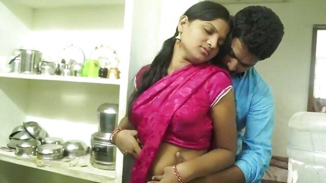 संचिका कॉलेज लड़की क्लो हिंदी वीडियो फुल मूवी सेक्सी एक आदमी वह सिर्फ मिले से टकराता है