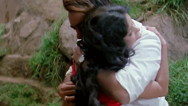 इक्वाडोर की हिंदी वीडियो सेक्सी फुल मूवी लड़की vid बनाती है