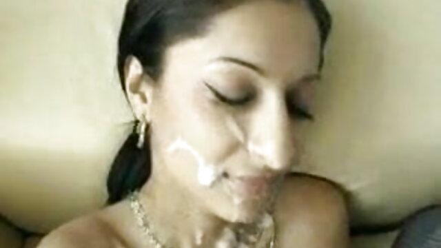 अपने भोजन, गुलाम का आनंद सेक्सी हिंदी फुल लें