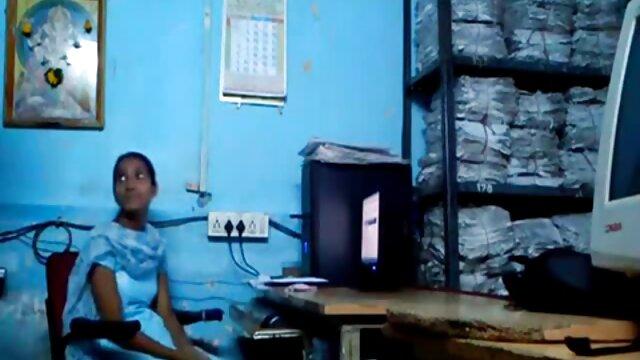 Omegle 07 - फुल मूवी सेक्सी पिक्चर चश्मे के साथ गलफुला लड़की