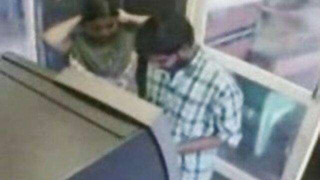 लकी फुल एचडी में बीएफ सेक्सी कॉलेज के आदमी ने फिर से हमला किया