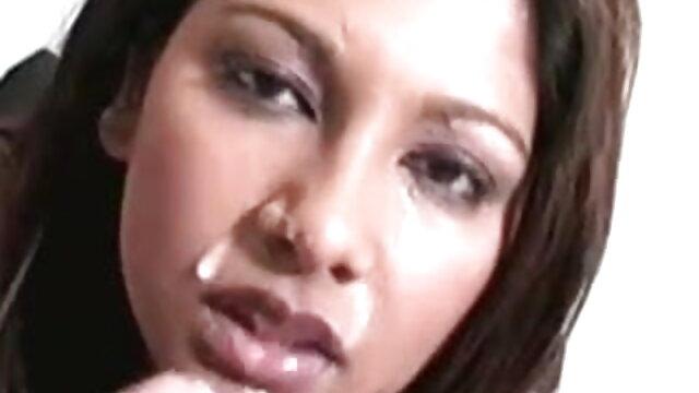 विचित्र गुम्मिस्पेल हिंदी सेक्सी फुल मूवी