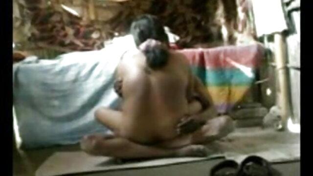 मार्टा और जेटका सेक्सी फुल मूवी हिंदी में ने अपने निजी दास माली की चुदाई की