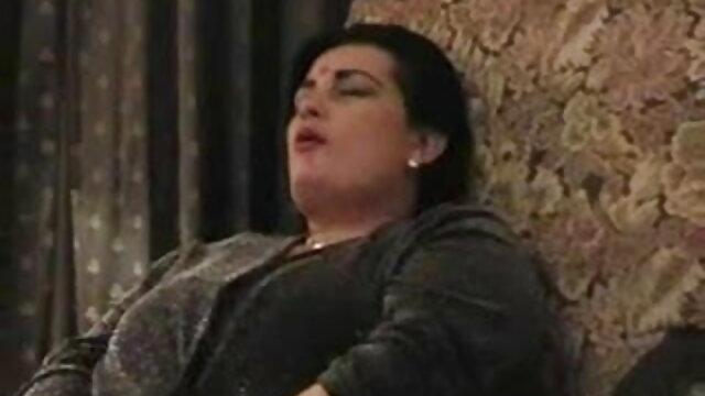 एलेक्जेंड्रा बीएफ सेक्सी वीडियो में फुल एचडी