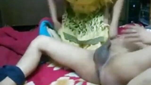 दो स्ट्रैपआन एक आदमी सेक्सी फुल मूवी वीडियो