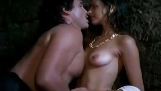 एमेच्योर कौगर संभोग करने फुल एचडी में बीएफ सेक्सी के लिए उसे छीनता है