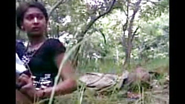 बड़े काले स्तन सुंदर चेहरा सेक्सी पिक्चर हिंदी फुल मूवी