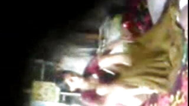 लड़की फुल सेक्सी फिल्म हिंदी में क्रिया