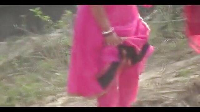 ओल्ड मैन के साथ मासूम किशोर फुल सेक्सी फिल्म हिंदी में