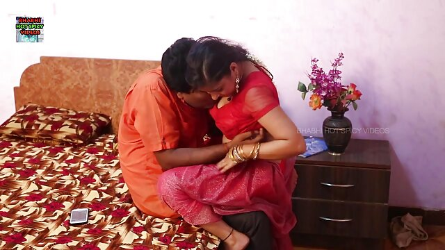 जयना हिंदी फिल्म सेक्सी फुल एचडी कट्टर