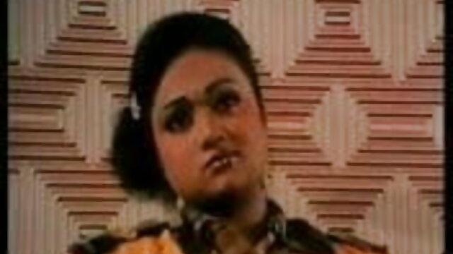 आप लारा ब्रूक्स को उसके बालों हिंदी सेक्सी पिक्चर फुल मूवी वीडियो वाले गड्ढों पर एक क्रीमपाइ और सह देते हैं