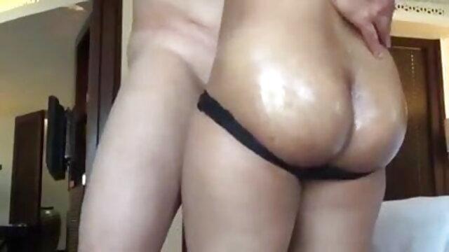 मेगा-विशाल स्तन सेक्सी मूवी फुल हिंदी के साथ सौंदर्य माँ!