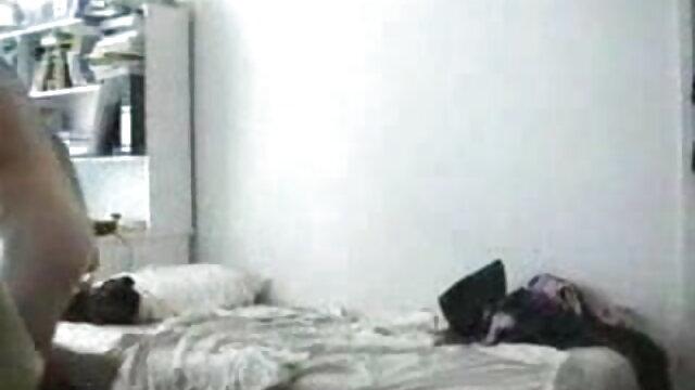काले बैल होटल के हिंदी सेक्सी पिक्चर फुल मूवी वीडियो कमरे में हॉटवाइफ लेते हैं