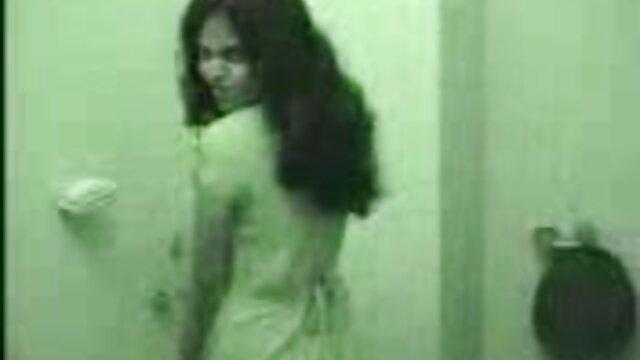 Hotwife फुल मूवी वीडियो में सेक्सी होटल vol2 में गड़बड़